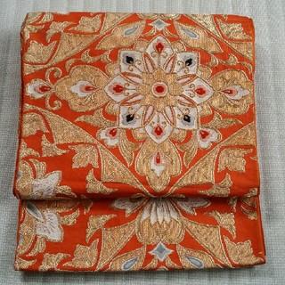 帯  朱色に品格の金糸の織り(帯)