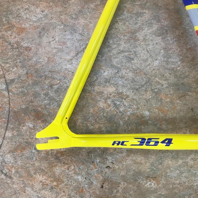 LOOKクロモリ ピストフレーム『AC364ヘリテージ Lサイズ』定価14万円 スポーツ/アウトドアの自転車(自転車本体)の商品写真