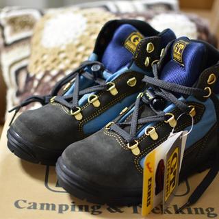 ジーティーホーキンス(G.T. HAWKINS)のホーキンス 登山 靴 23センチ 新品未使用(登山用品)