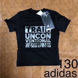 アディダス(adidas)の【130cm】新品 adidas タイポグラフィック Tシャツ(Tシャツ/カットソー)