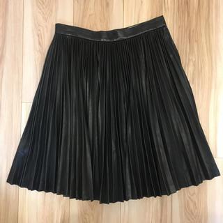 ジンジャーエール(GINGER ALE)のレザー風プリーツスカート(ひざ丈スカート)