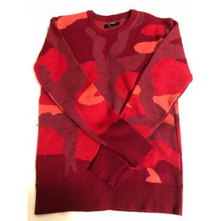 ウノピゥウノウグァーレトレ(1piu1uguale3)の1 piu 1 uguala3 迷彩セーター 美品(ニット/セーター)