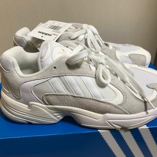 アディダス(adidas)のadidas yung-1 [26cm(US8)](スニーカー)