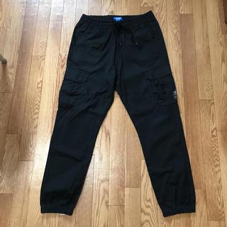 アディダス(adidas)のカーゴパンツ アディダスオリジナルス 黒 ワークパンツ パンツ(ワークパンツ/カーゴパンツ)