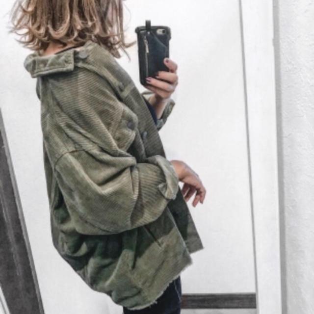 ZARA(ザラ)の新品未使用品タグ付き‼︎ ZARA コーデュロイジャケット Lサイズ レディースのジャケット/アウター(ミリタリージャケット)の商品写真