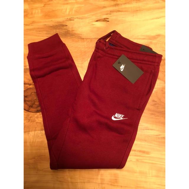 NIKE(ナイキ)の【Mサイズ】新品タグ付き NIKE クラブ フリース ジョガー レッド メンズのパンツ(その他)の商品写真