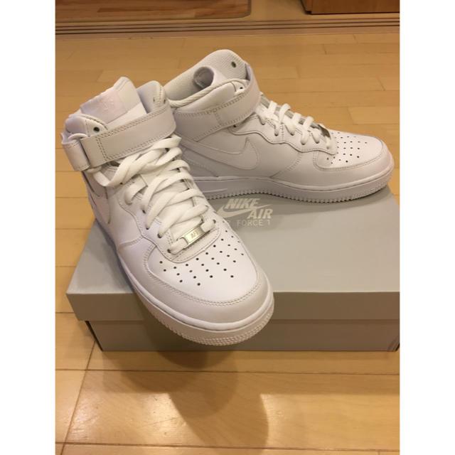NIKE(ナイキ)のエアフォース1 25.5cm ホワイト メンズの靴/シューズ(スニーカー)の商品写真
