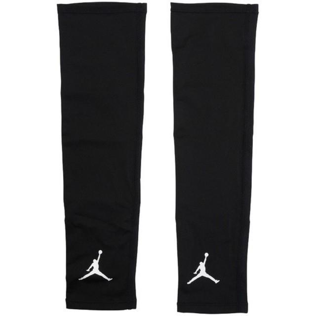 NIKE(ナイキ)の新品 S/M NIKE jordan shooter sleeves black スポーツ/アウトドアのスポーツ/アウトドア その他(バスケットボール)の商品写真