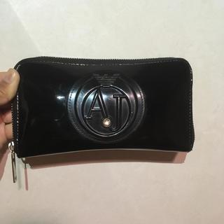 アルマーニ 財布
