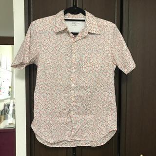 クアドロ(QUADRO)のquadro の 小花柄シャツ(シャツ/ブラウス(半袖/袖なし))