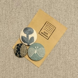 Hand made ミナペルホネン くるみボタン ヘアゴム(ヘアアクセサリー)