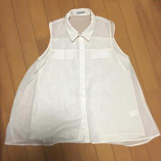 ジーユー(GU)のGU ノースリーブシャツ オフホワイト(シャツ/ブラウス(半袖/袖なし))