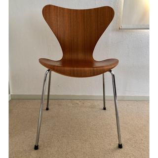 アルネヤコブセン(Arne Jacobsen)のアルネ・ヤコブセン セブンチェア 3107 SERIES 7(ダイニングチェア)