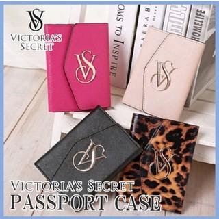 ヴィクトリアズシークレット(Victoria's Secret)の新品未開封 ヴィクトリアシークレット パスポートケース ブラック(パスケース/IDカードホルダー)