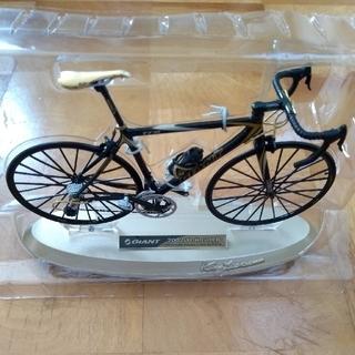 ミニチュアサイクル GIANT 2002 TCR GOLD 自転車 模型