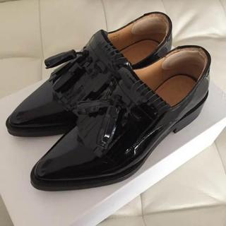 アングローバルショップ(ANGLOBAL SHOP)のAVELON タッセルローファー (ローファー/革靴)