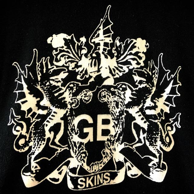 GB(ジービー)のGBスキンズ プルオーバーパーカー 黒 サイズ38 ナノユニバース メンズのトップス(パーカー)の商品写真