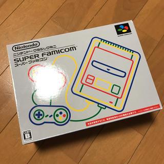 ニンテンドウ(任天堂)のスーパーファミコン(家庭用ゲーム本体)