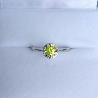 イエローグリーンダイヤモンド リング アップルグリーンダイヤモンド(リング(指輪))