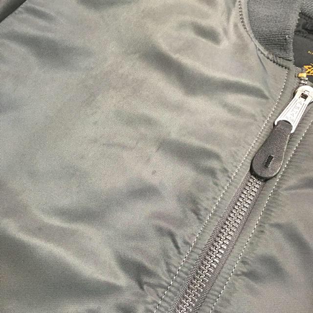 STUSSY(ステューシー)のstussy×alpha35周年限定ma-1ジャケット シルバーグレー メンズのジャケット/アウター(フライトジャケット)の商品写真