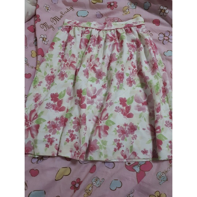 MERCURYDUO(マーキュリーデュオ)のマーキュリーデュオ 花柄スカート レディースのスカート(ミニスカート)の商品写真