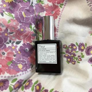 オゥパラディ(AUX PARADIS)のAux Paradis パルファム オゥ パラディ フルール 15ml(香水(女性用))