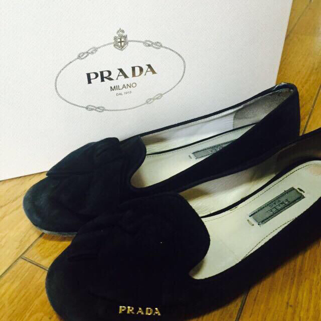 PRADA(プラダ)のPRADA 銀座路面直営店で購入✨ レディースの靴/シューズ(ハイヒール/パンプス)の商品写真