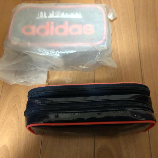 adidas(アディダス)のペンケース インテリア/住まい/日用品の文房具(ペンケース/筆箱)の商品写真