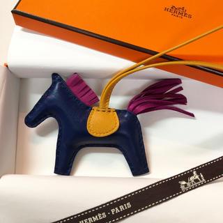 Hermes - ✨国内定価以下✨エルメス ロデオチャーム PM バッグチャーム 新品未使用