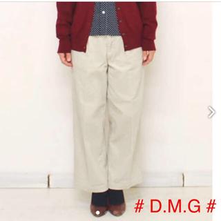 ドミンゴ(D.M.G.)の新品タグ付【 D.M.G ドミンゴ 】コーデュロイ タック バギーパンツ(バギーパンツ)