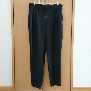 ザラ(ZARA)の美品♡ZARAザラ♡テーパードパンツSサイズ黒(カジュアルパンツ)
