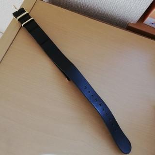 ノット(KNOT)のknot 黒×金ベルト(腕時計)