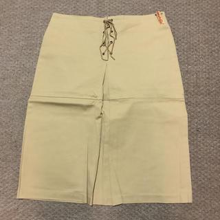 ベージュスカートストレッチ(ひざ丈スカート)