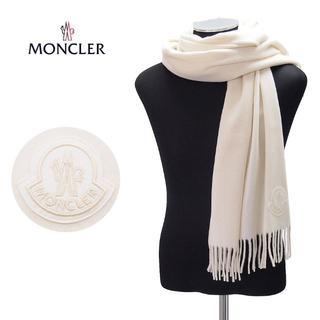モンクレール(MONCLER)の58MONCLERホワイト BIGブランドロゴ付きウールマフラー(マフラー)