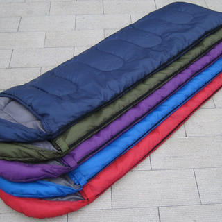 寝袋 封筒型 シュラフ  収納袋付き 全5カラー(寝袋/寝具)