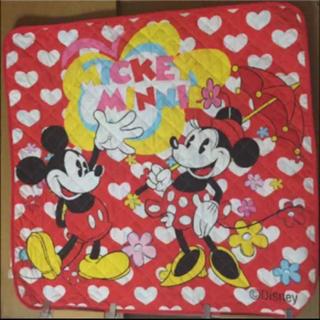 ディズニー(Disney)のミッキー ミニー キルティング マット(ラグ)