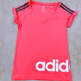 アディダス(adidas)のadidas Tシャツ (Tシャツ(半袖/袖なし))