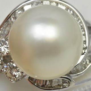 ゴージャス Pt900 白蝶真珠 ダイヤモンドリング 10号 南洋真珠  (リング(指輪))