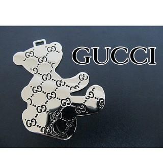 グッチ(Gucci)の美品GUCCIオーナメントチャームクマベアプレート(チャーム)