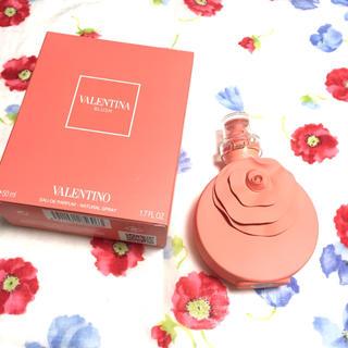 ジャンニバレンチノ(GIANNI VALENTINO)の❮新品❯バレンティノブラッシュオーデパルファム  50ml(香水(女性用))