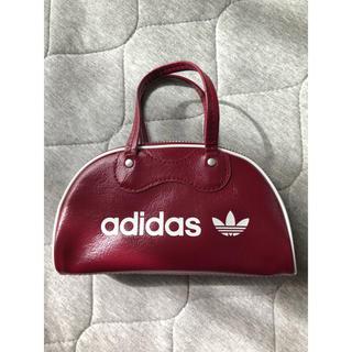 アディダス(adidas)のアディダス オリジナルス ミニボストン ミニバッグ ポーチ フェイクレザー 赤(ハンドバッグ)