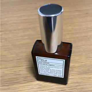 オゥパラディ(AUX PARADIS)のパルファム オゥ パラディ フルール(香水(女性用))