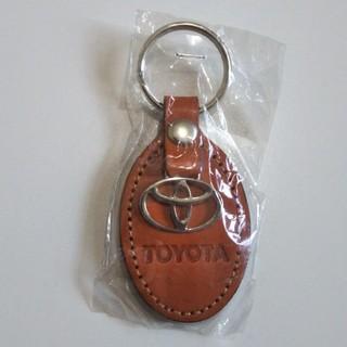 非売品トヨタカローラ 革製キーホルダー TOYOTA(キーホルダー)