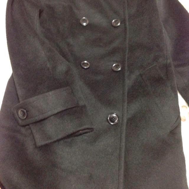 LUCA(ルカ)のLUCA ブラックコート レディースのジャケット/アウター(ピーコート)の商品写真