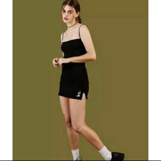 ユニフ(UNIF)のUNIF ブラック ドラゴン ミニタイトワンピース ドレス(ミニワンピース)