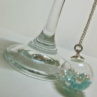 ガラスドームペンダントーライトブルーー(ネックレス)