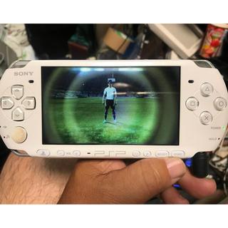 プレイステーションポータブル(PlayStation Portable)のソニー・PSP-3000!ホワイト!(携帯用ゲーム本体)