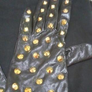 エイチアンドエム(H&M)のH&M  エイチアンドエム   スタッズ レザー ゴールド 手袋(手袋)