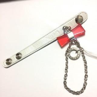 アンテプリマ(ANTEPRIMA)の新品 おリボン グローブホルダー 赤 レッド(手袋)