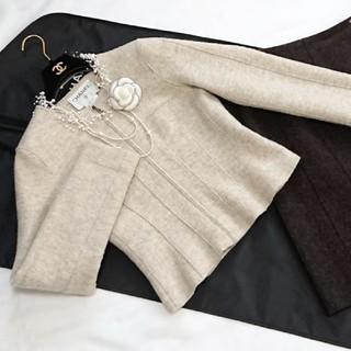 シャネル(CHANEL)のシャネルジャケット&スカート★同collectionお色違いスーツ出品ほぼ未使用(スーツ)